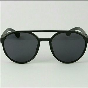 Accessories - ✨😎✨Cool Black Vintage Style Sunglass✨😎✨
